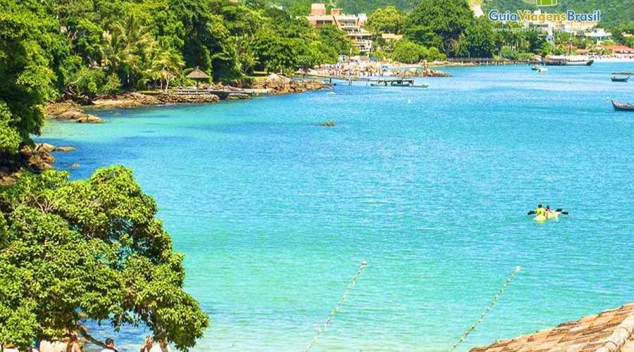 Praia de Bombinhas, um paraíso que você precisa conhecer